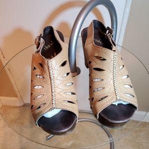 Dansko Tan Leather Wooden Shoes